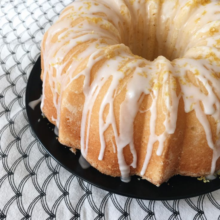 @Shoegirlberlin's lemon pound cake baked in bundt pan