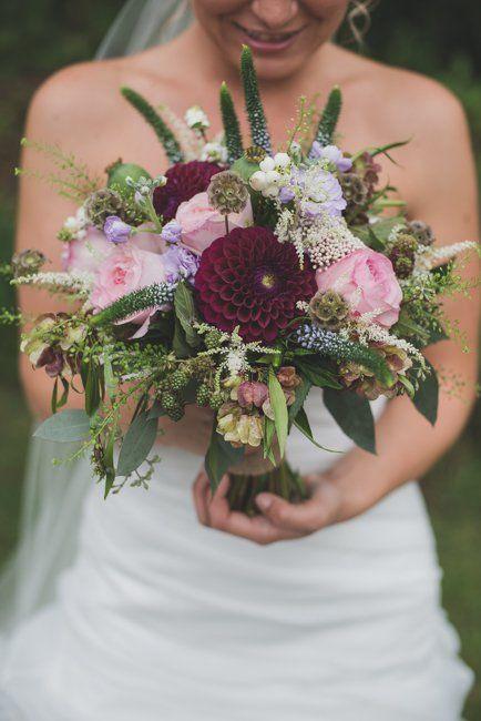 Small Country Backyard Wedding Cheap Wedding Flowers September Wedding Flowers Fall Wedding