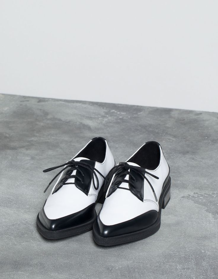 two-tone dress shoes - Shoes - Bershka Indonesia