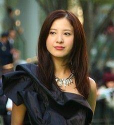 吉高由里子に批判 妊娠中の小熊美香アナに坂口健太郎の身体ぶつける - ライブドアニュース