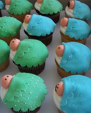 cupcakes for a baby shower :)