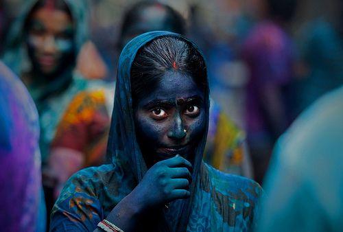 Картинка с тегом «holi, india, and sari»