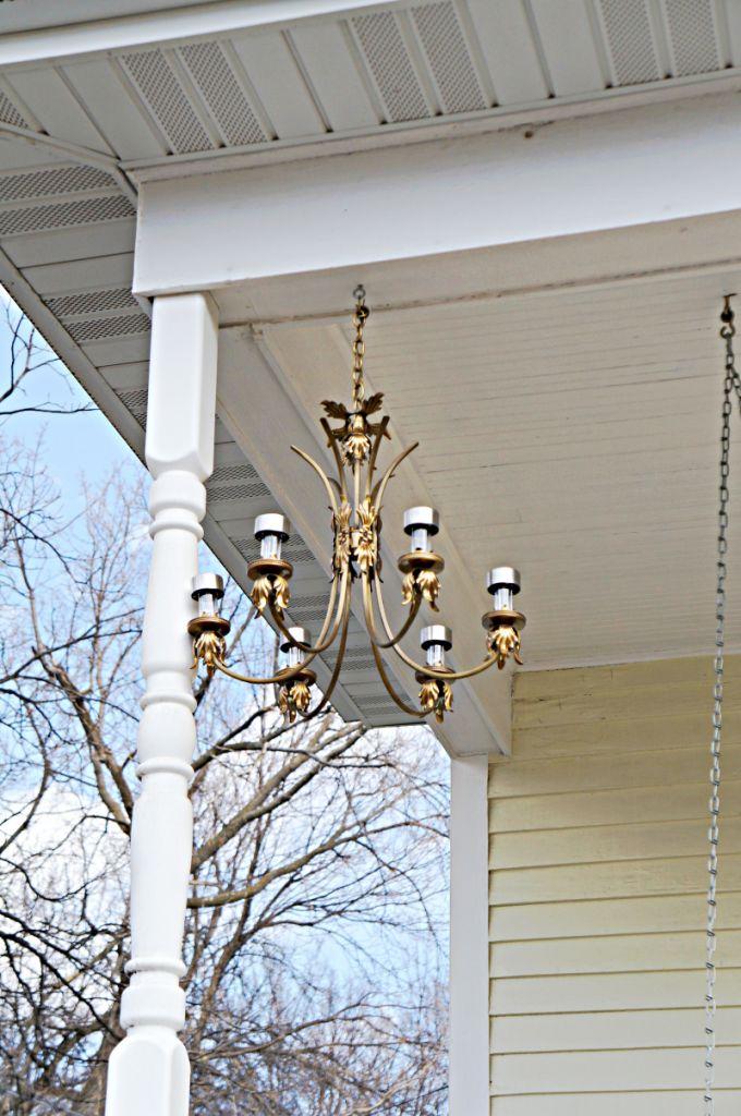 Diy solar light chandelier gettin 39 crafty pinterest for Solar light chandelier diy