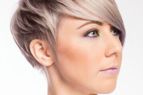 Pastel Toned Short Hairstyle with Fringe Side #WomensHaircutsInspireMe