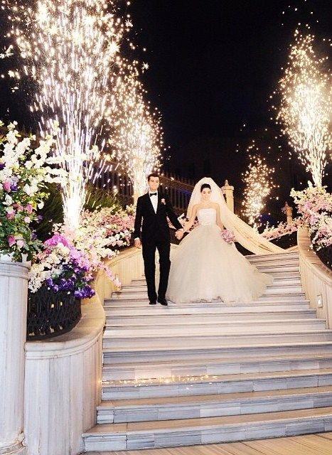 Guests at this @Mandy Dewey Seasons Hotel Istanbul at the Bosphorus wedding definitely felt the fireworks.