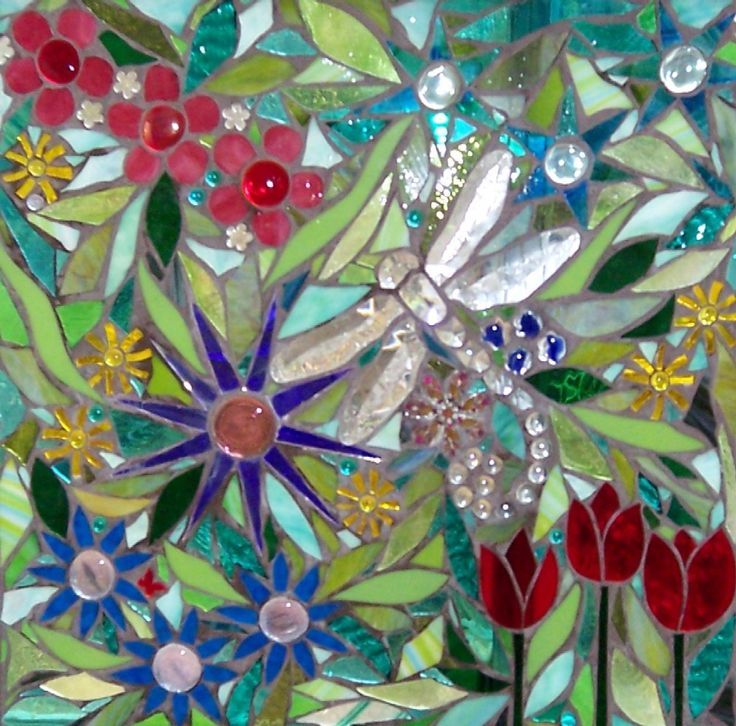 1000 images about dragonfly mosaic on pinterest mosaic for Mosaic garden art designs