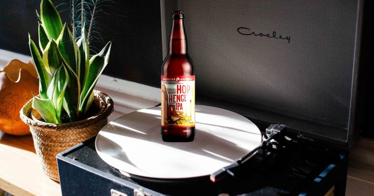 This vinyl subscription service is offering craft beer with... http://n.kchoptalk.com/2eRniqW