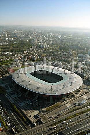 St Denis (93). Vue aérienne du stade de Françe d'une capacité de 81.338 places qui accueillera la finale du Championnat d'Europe de football 2016