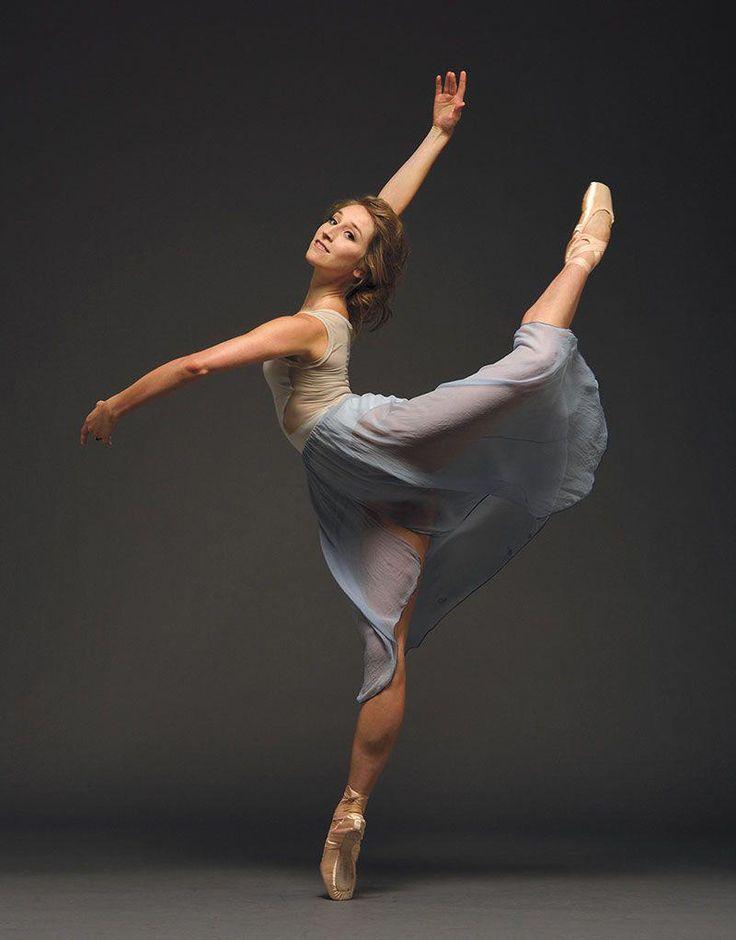 Картинки балетные позы, мужчине юбилеем