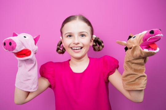 Zabawy z pacynkami pomagają w terapii logopedycznej