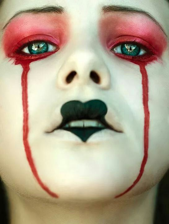 Sweet Sorrow (by MissMalerie) [crying clown]