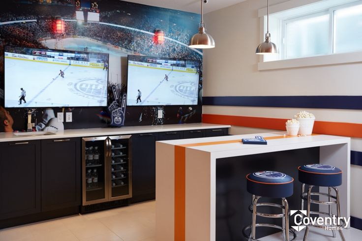 Coventry Homes Oilers Fan Cave - Bar in Paisley showhome