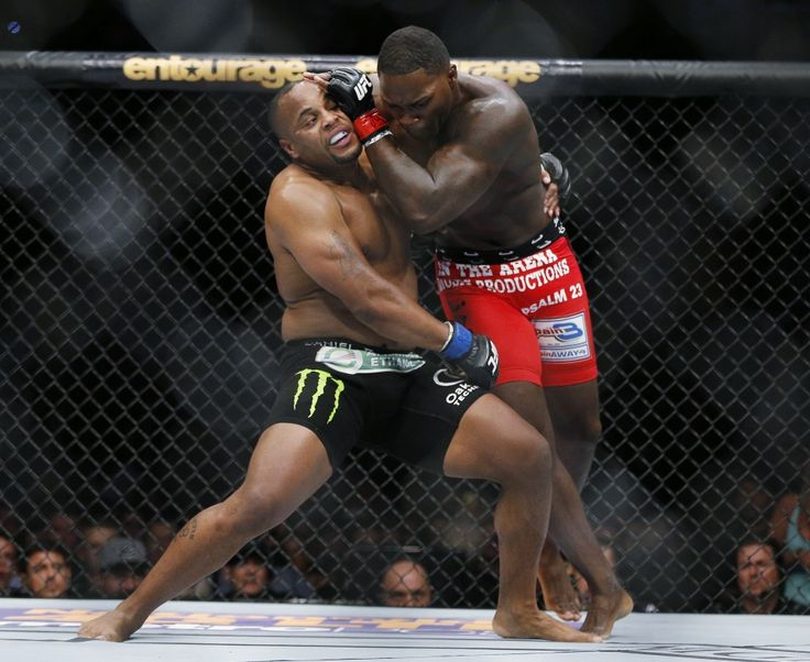 Daniel Cormier, left, and Anthony Johnson duked it out for the first time in 2015. (John Locher/Associated Press)  The UFC returns to Buffalo, on Saturday for UFC 210. It'll be the first UFC event in the city since 1995 when champion Ken Shamrock fought to a draw against Oleg Taktarov...  http://usa.swengen.com/ufc-210-patrick-cote-retires-immediately-after-losing-to-thiago-alves/