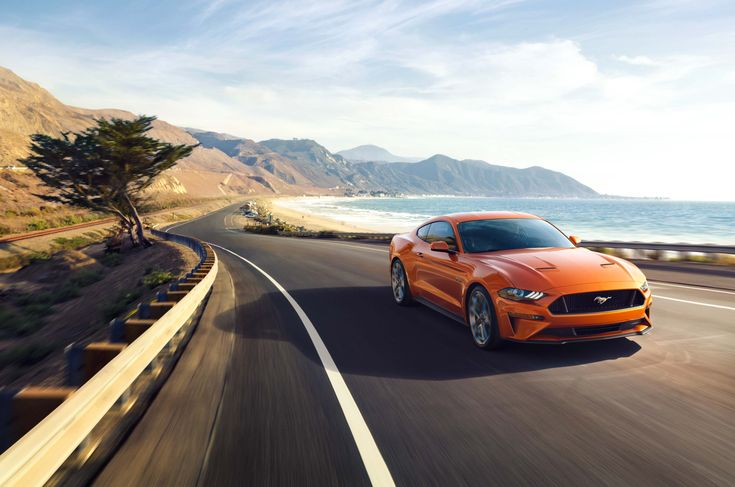 """Check out this @Behance project: """"2018 MUSTANG"""" https://www.behance.net/gallery/51426523/2018-MUSTANG"""