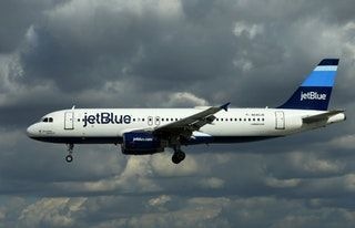awesome JetBlue caps direct flight ticket prices out of Florida at $99 ahead of Hurricane Irma : UpliftingNews