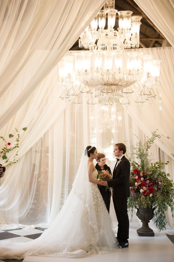 la residence franschhoek wedding - flowers by Green goddess flower studio, images by Ryan Graham Photography