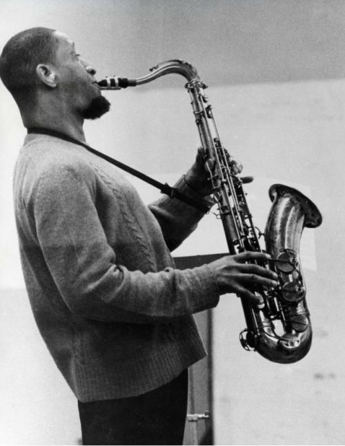 Sonny rollins is an american jazz tenor saxophonist widely recognized as one of the most