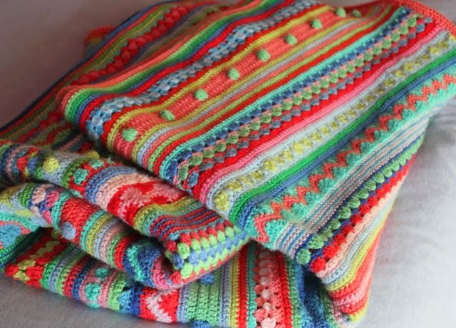 little woollie: Mixed stitch stripey blanket crochet-a-long Wat extra steken in het engels voor de diehards