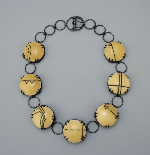 Kay, Abigail Heuss - enamel on copper. Interesting stringing concept with glass lentil beads
