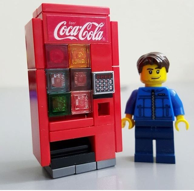 LEGO Coca-Cola Vending Machine Created by JANGbricks.com #vintage #arcade #lego…