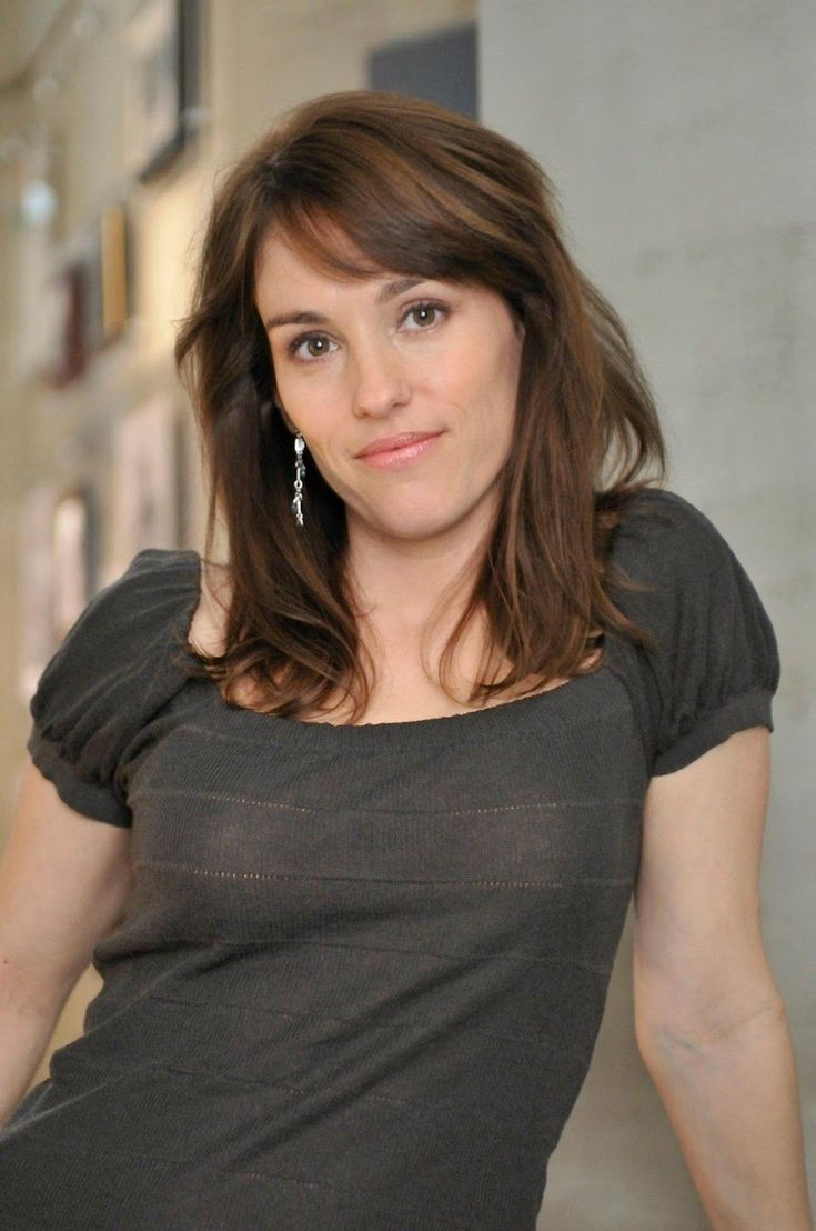 Amy Jo Johnson playing Jules Calahan in Flashpoint