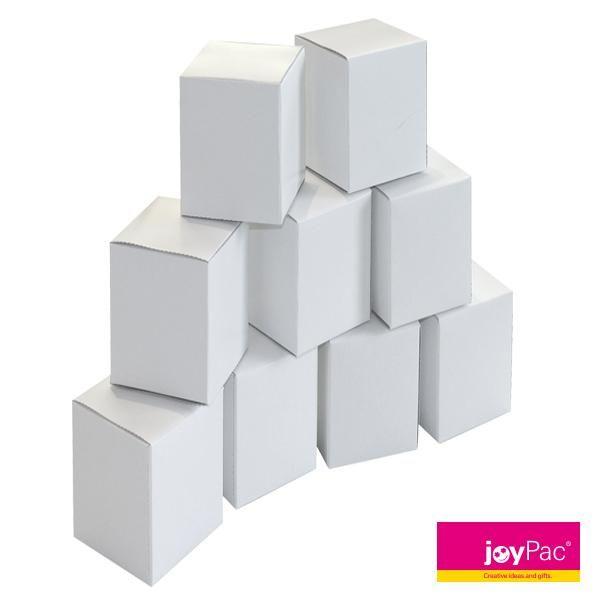 White Line #Würfelbox 2 von #joyPac®. ● Zum #Basteln und #Bemalen. ● Als #Geschenkbox, gestapelt als Turm oder 24-teilig als #Adventskalender. ● Die Würfel haben eine Größe von 60x60x127 mm und bieten so viel Platz für kleine #Geschenke. ● Ideal auch zusammen mit dem #Würfel Set 1 als große und kleine #Geschenkidee. ● #Wellpappe, #Karton, #Kreativ