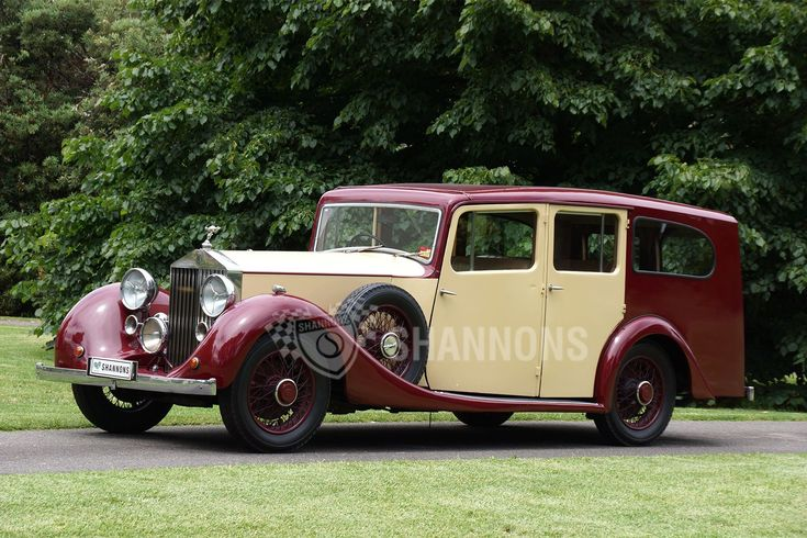 Rolls-Royce 25/30hp Shooting Brake