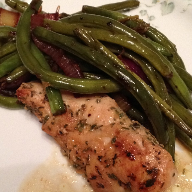 Spicy garlic lime chicken - delicious with a side of green beans