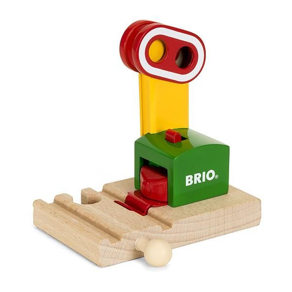 Brio trains magnetic signal | Lucas loves cars