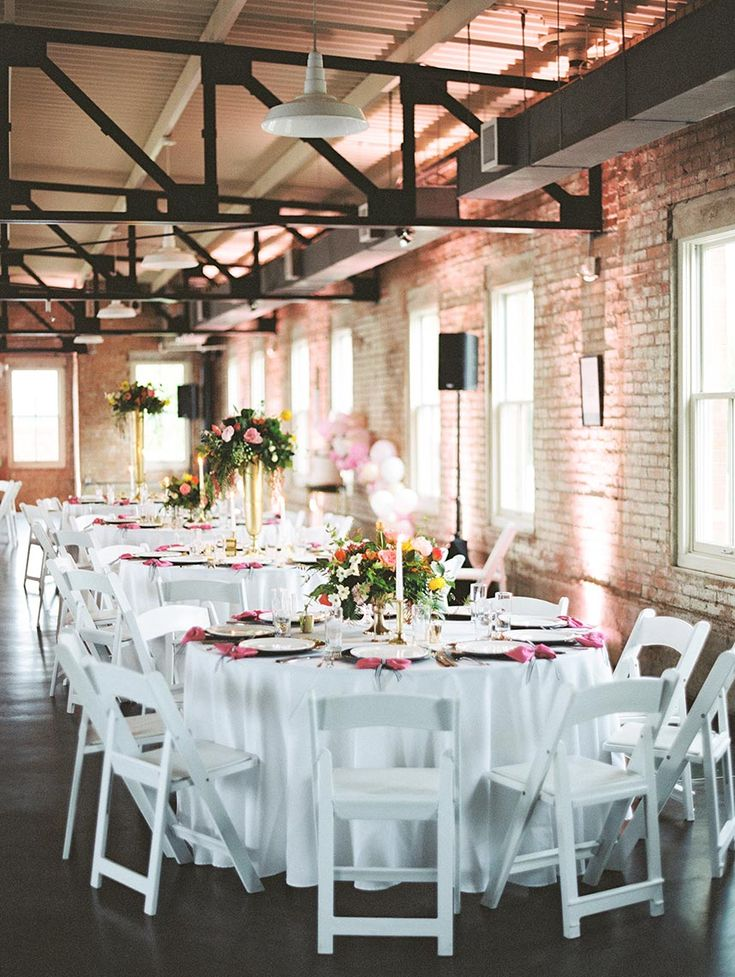 Allie Spillyards And Blake Hansons Kate Spade Inspired North Texas Wedding Captured By Charla Storey Photography