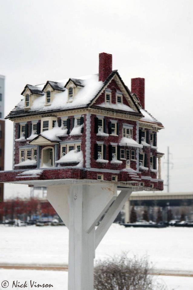 Incredible birdhome by America's Birdhouse Designer-Builder - Thomas F Burke's Website