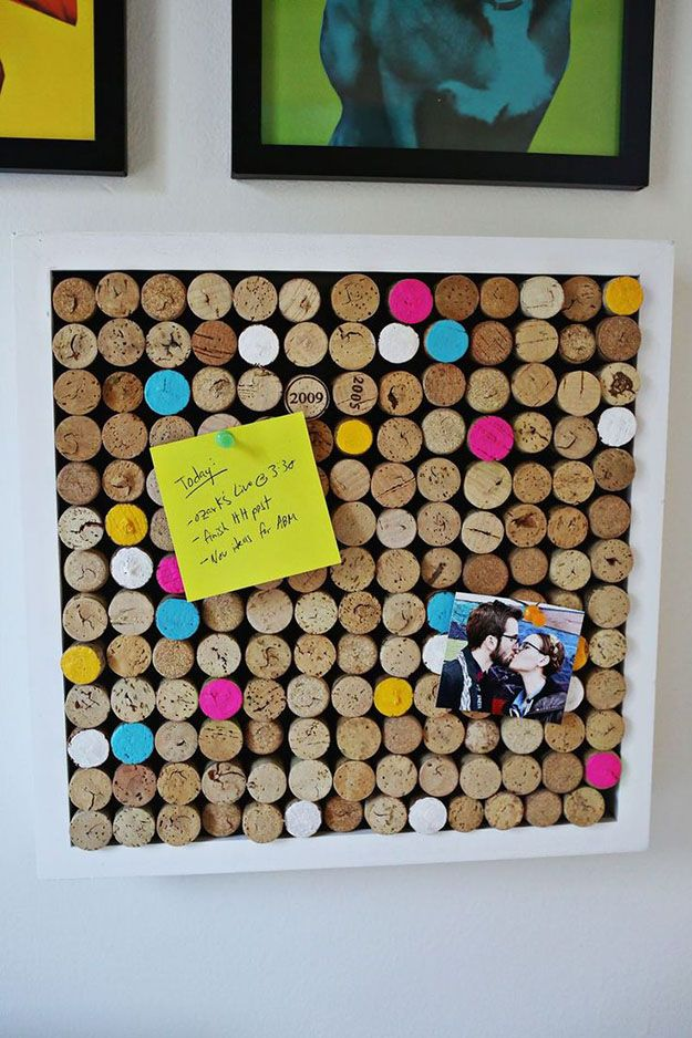Easy Wine Cork Craft & Homemade Corkboard Ideas - DIY Wine Cork Board - DIY Projects & Crafts by DIY JOY