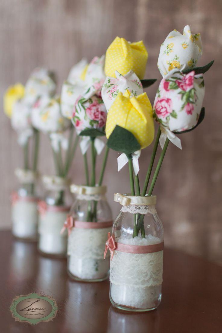 тюльпаны из остатков ткани