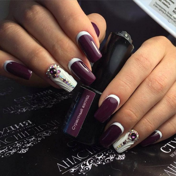 3d nails, Beautiful evening nails, Evening dress nails, Evening nails, Ideas of violet nails, Nails with gems, Purple nails, Rich nails