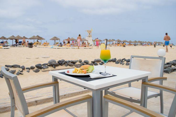 Beach Club Bar