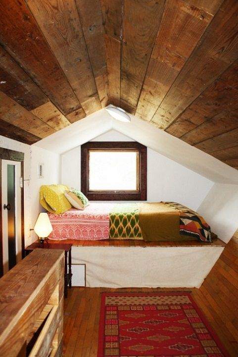 amazing attic guest room. Swoon worthy