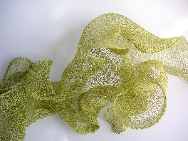 """FredAstep's """"Simple Habu Scarf"""": Habu Scarfs, Simple Habu, Stockings Stitches, Wire Cor Yarns, Cozy Neck Should, Scarfs Art, Fredastep Simple, Fiber Art, Knits"""