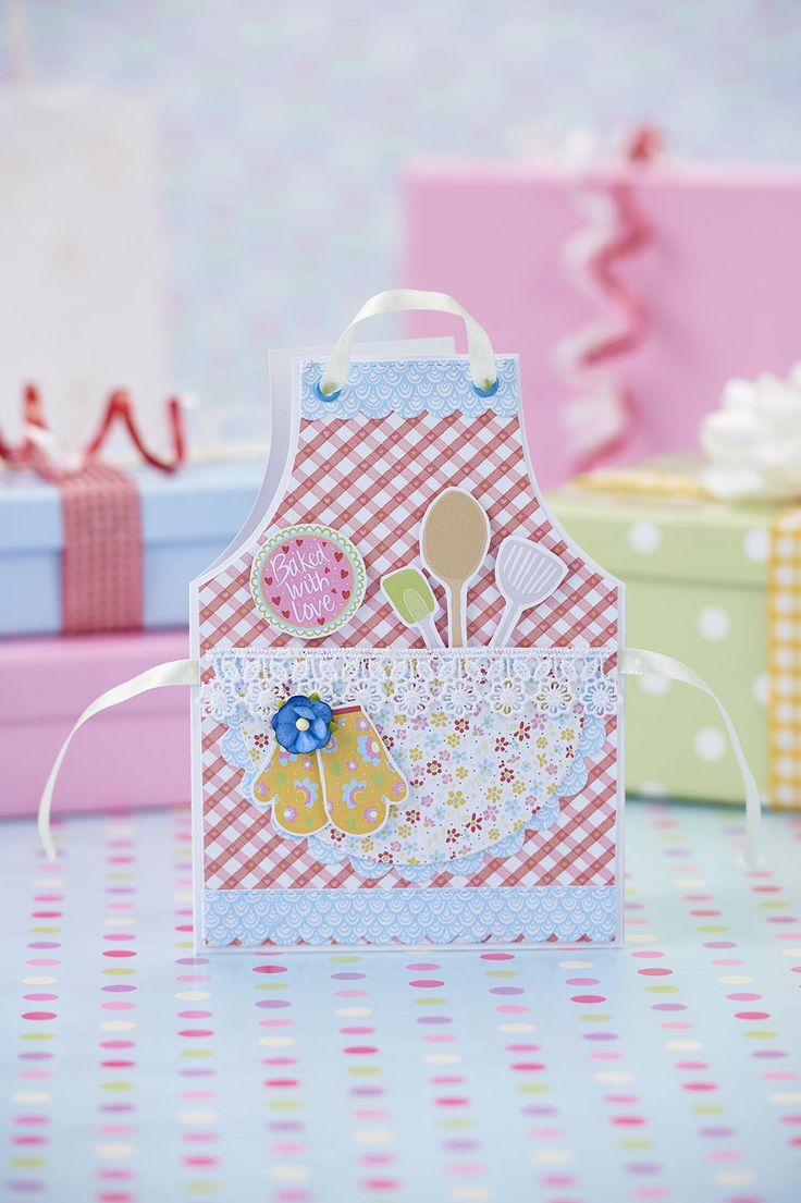 Craft this pretty pinny card using our free retro baking printables.
