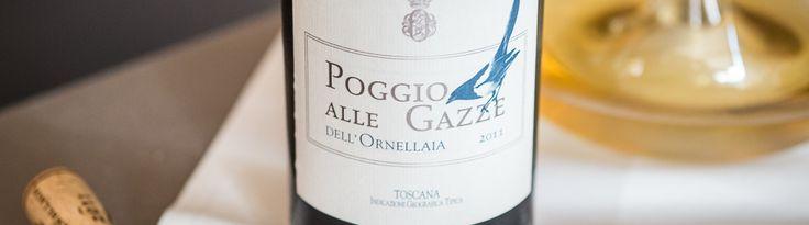 opvinen Ornellaia's hvide version, Poggio. Den var lavet på to druer, cirka 90% Sauvignon Blanc og 10% Viognier. Det gode var, at Viognierdruerne gav vinen den fedme Sauvignon Blancdruerne manglede. Fin sprød syre og en perfekt intensitet som var til at få øje på.