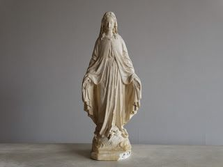 フランス アンティーク 食器と雑貨 Grenier i-Deco OnLine Shop グルニエ・イデコ : フランスアンティーク 美しい聖母マリア像 など                                                                                                                                                      もっと見る