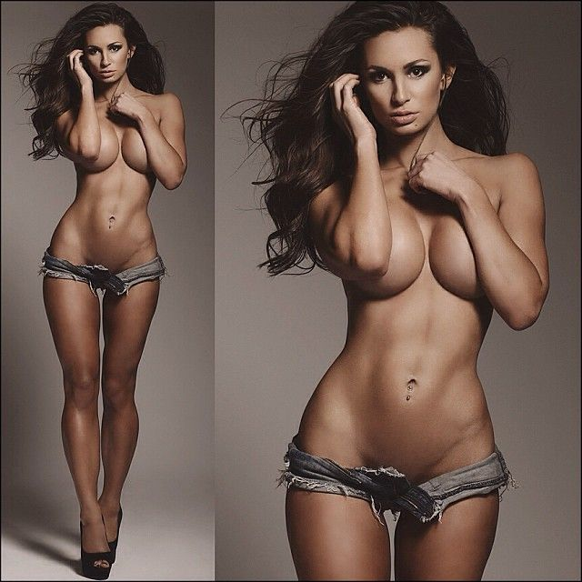nude-sexy-women-with-abs-pictures