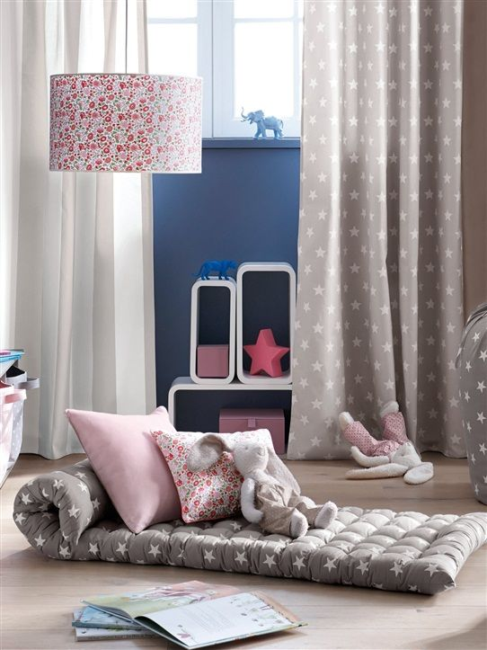 17 best ideas about matelas d appoint on pinterest lit. Black Bedroom Furniture Sets. Home Design Ideas