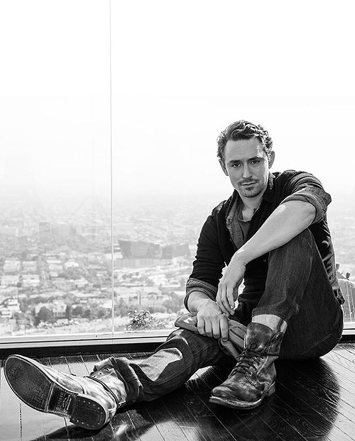JJ Feild- the perfect cross between Jude Law and Tom Hiddleston!
