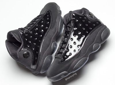 """new products de005 67a39 EffortlesslyFly.com - Online Footwear Platform for the Culture  Air Jordan  13 """"Cap and Gown"""""""