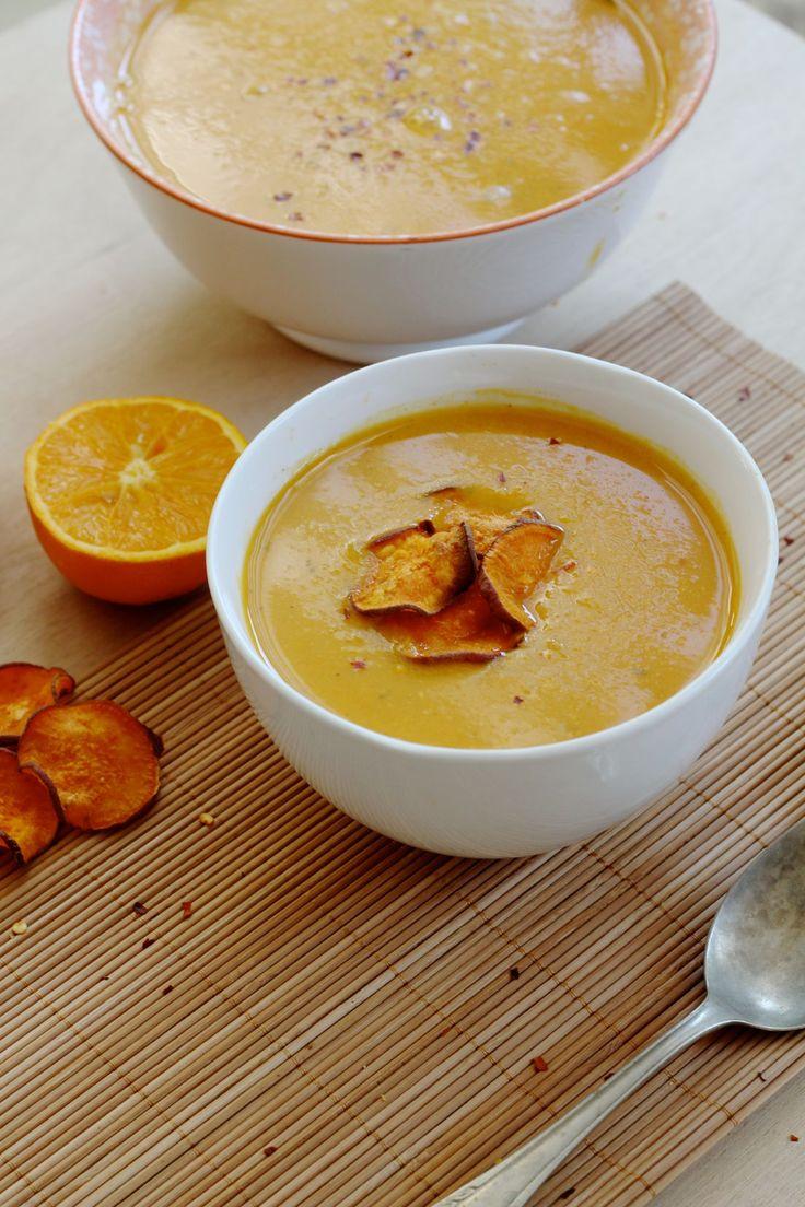 Zoete aardapelsoep met sinaasappel: een verrassend pittig-zoet-frisse combinatie, die heel geschikt is voor mooie zomerse avonden.