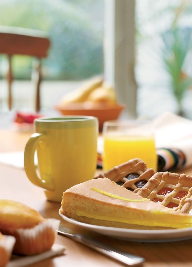 """E la mattina si mangia """"a colori"""" #colazionenelmondo #dolci #crostata #torta #colazione"""
