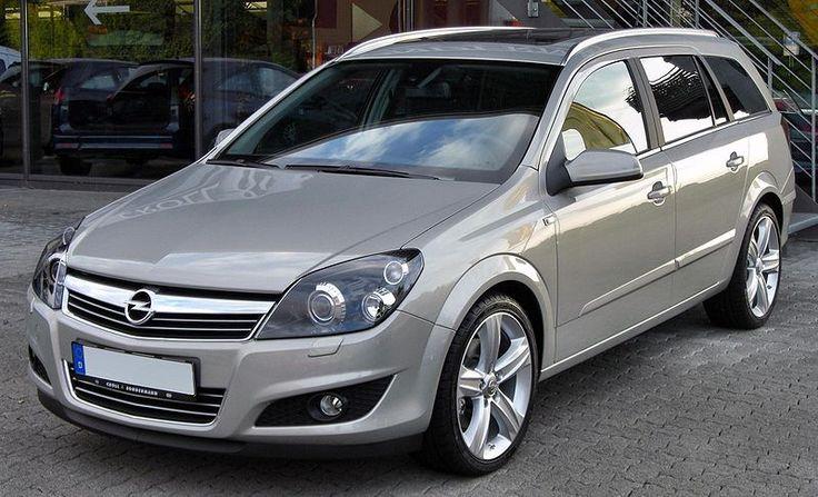 Fájl: Opel Astra H Caravan 1.9 CDTI front.JPG