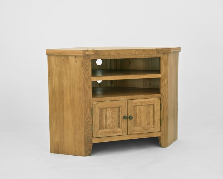 Chiltern Oak Corner TV Unit Chiltern Oak Corner TV Unit has been designed to fit into the corner of a room and is a neat solution for housing the television, media units and DVD™s. The unit will display a TV on the oak top and h http://www.MightGet.com/january-2017-13/chiltern-oak-corner-tv-unit.asp