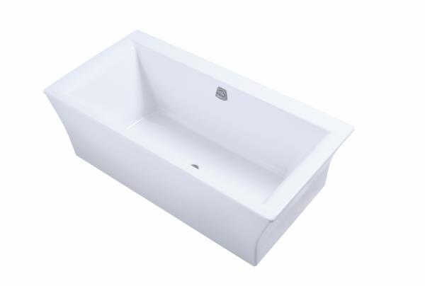 Hytec Seamount Free Standing Bathtub with Fluted Apron.   Bathtubs ...