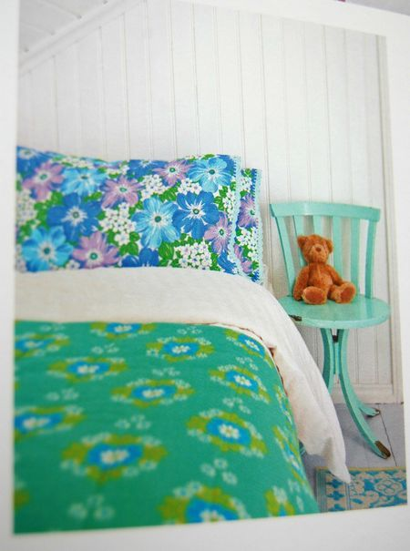 floral bedrooms are the best bedrooms find this pin and more on vintage fabric